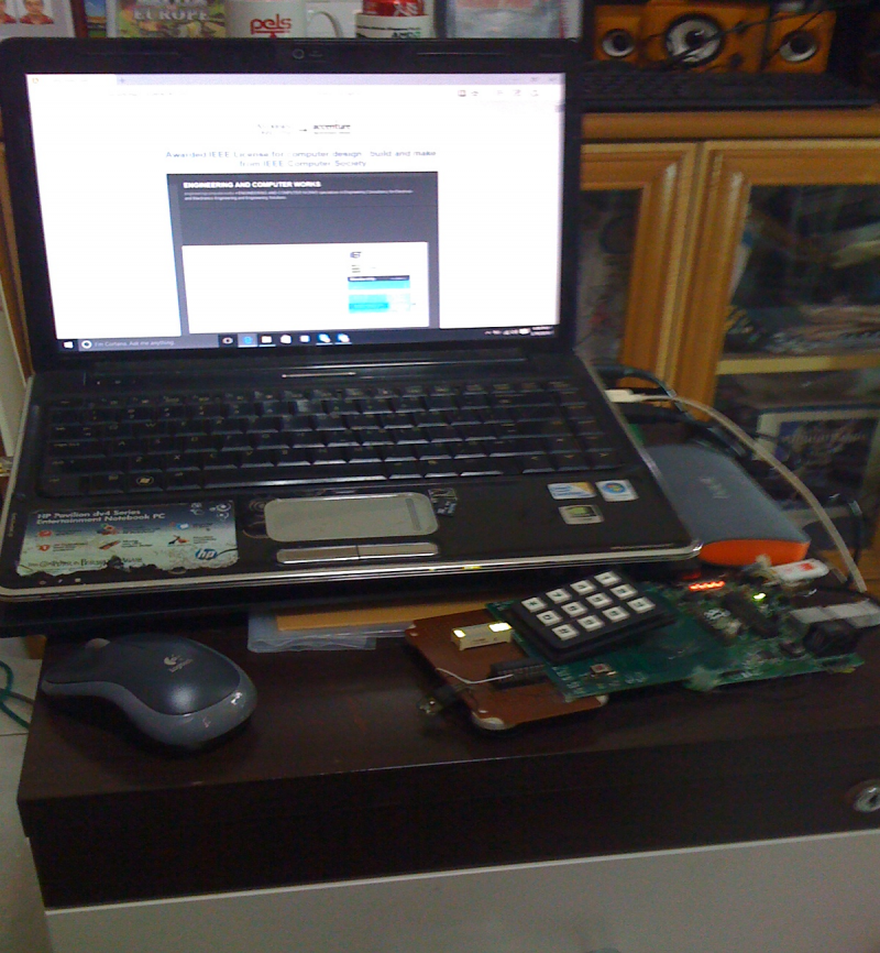 Control System starting the Explorer with the USB connection and a Pen Drive